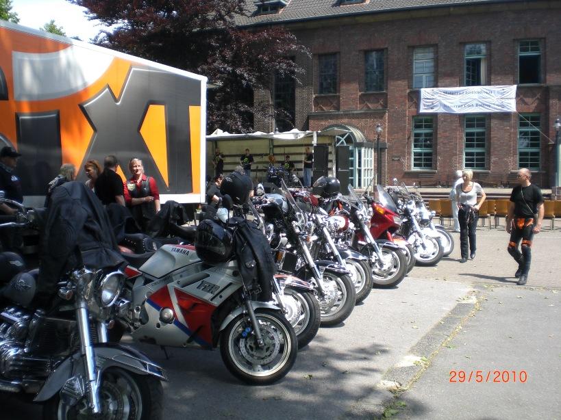 29-_motorradfahrer-gottesdienst_2010_027