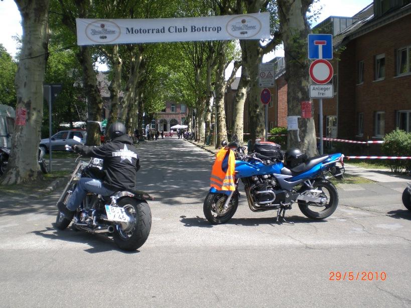 29-_motorradfahrer-gottesdienst_2010_035