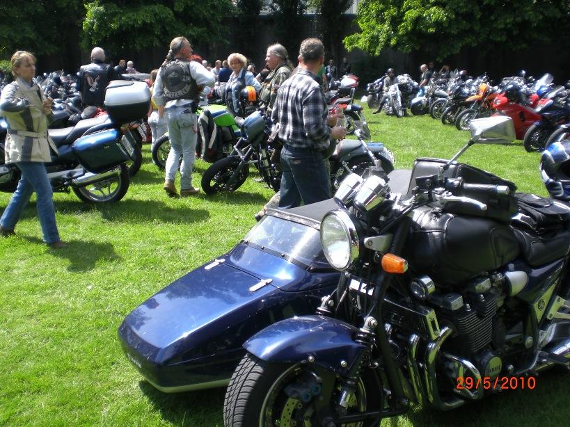 29-_motorradfahrer-gottesdienst_2010_040
