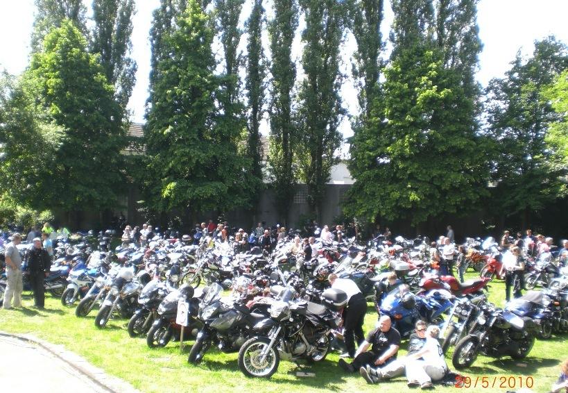 29-_motorradfahrer-gottesdienst_2010_050