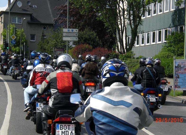 29-_motorradfahrer-gottesdienst_2010_077