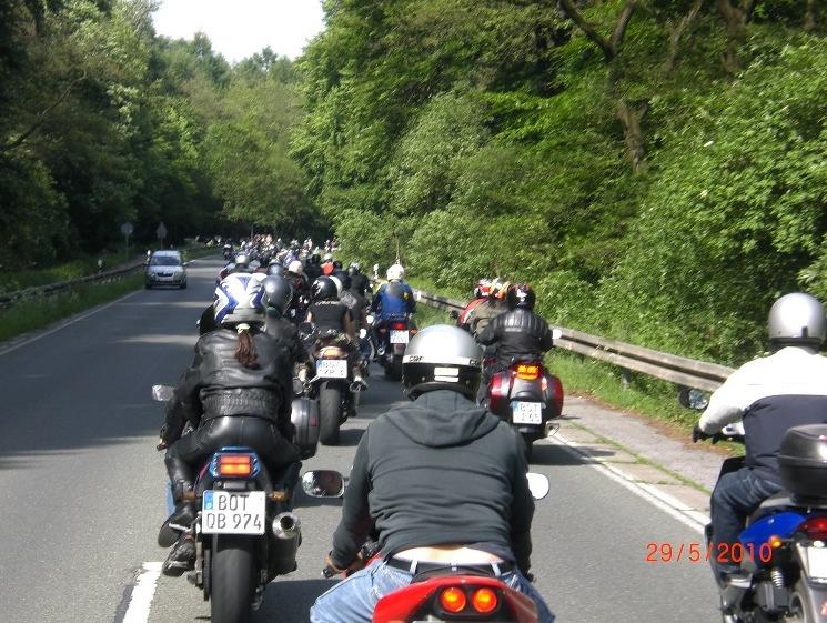 29-_motorradfahrer-gottesdienst_2010_087