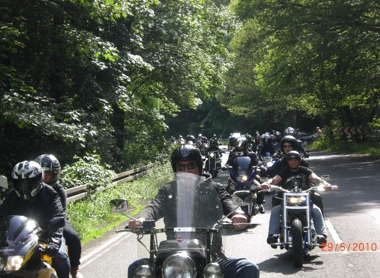 29-_motorradfahrer-gottesdienst_2010_088