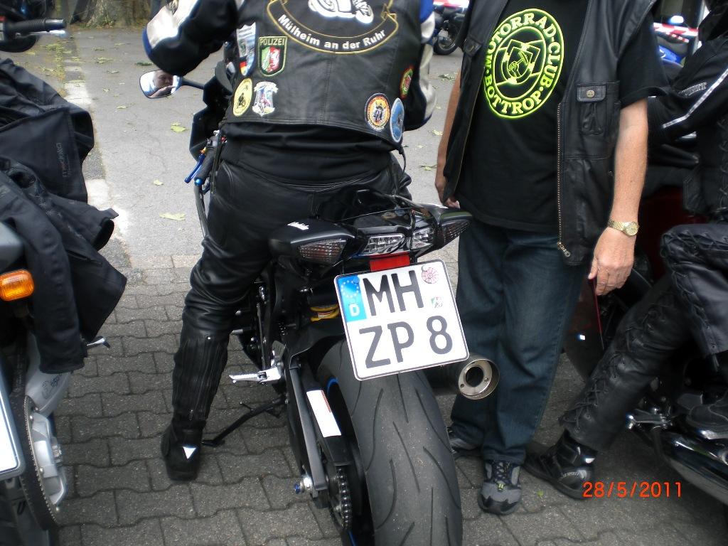 mogo_2011_025