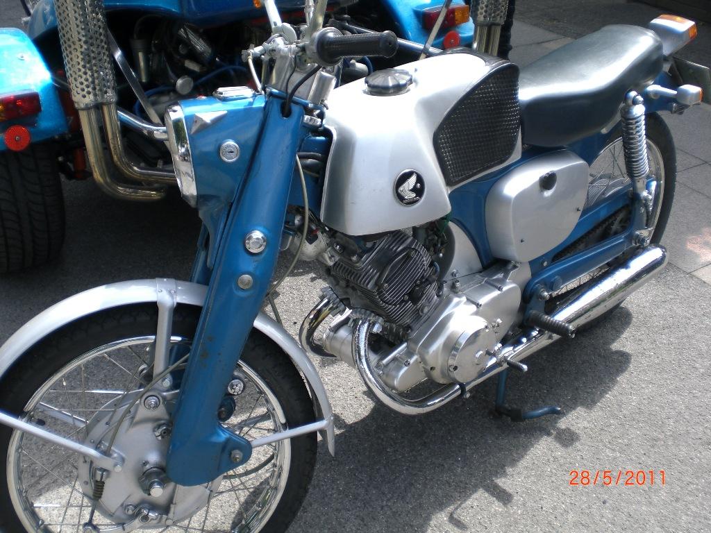 mogo_2011_067
