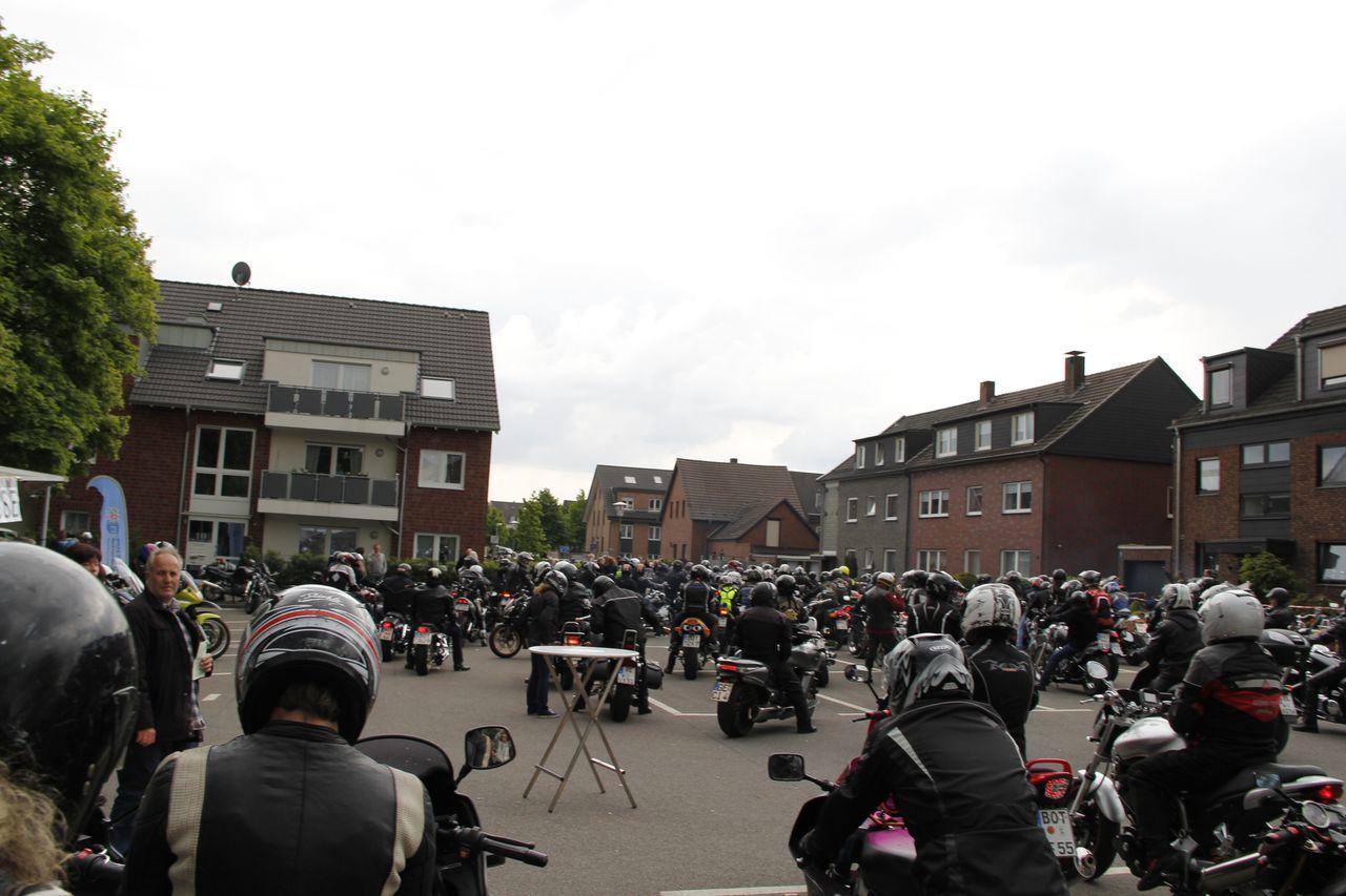 32-motorradfahrer-gottesdienst_2013_107