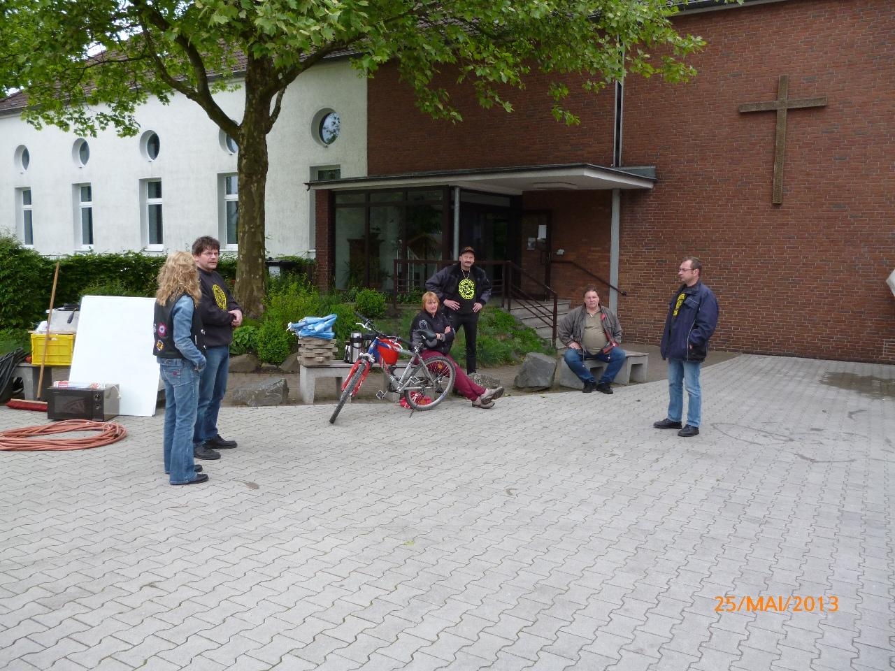 32-motorradfahrer-gottesdienst_2013_119