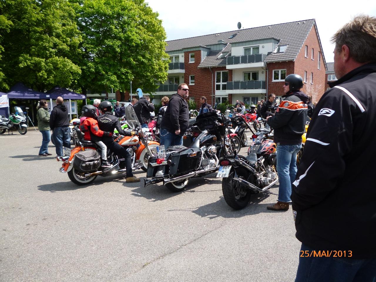 32-motorradfahrer-gottesdienst_2013_14