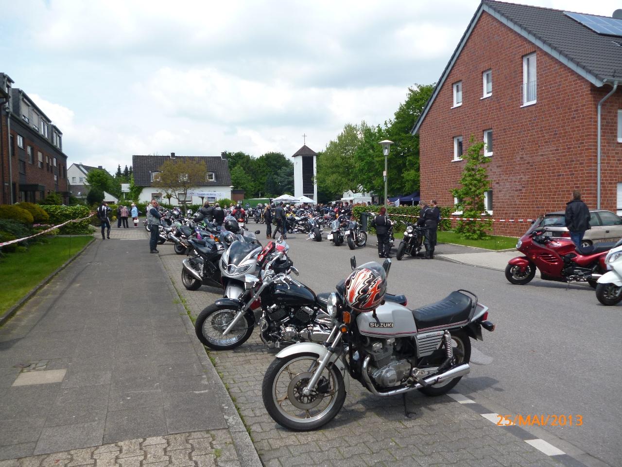 32-motorradfahrer-gottesdienst_2013_39