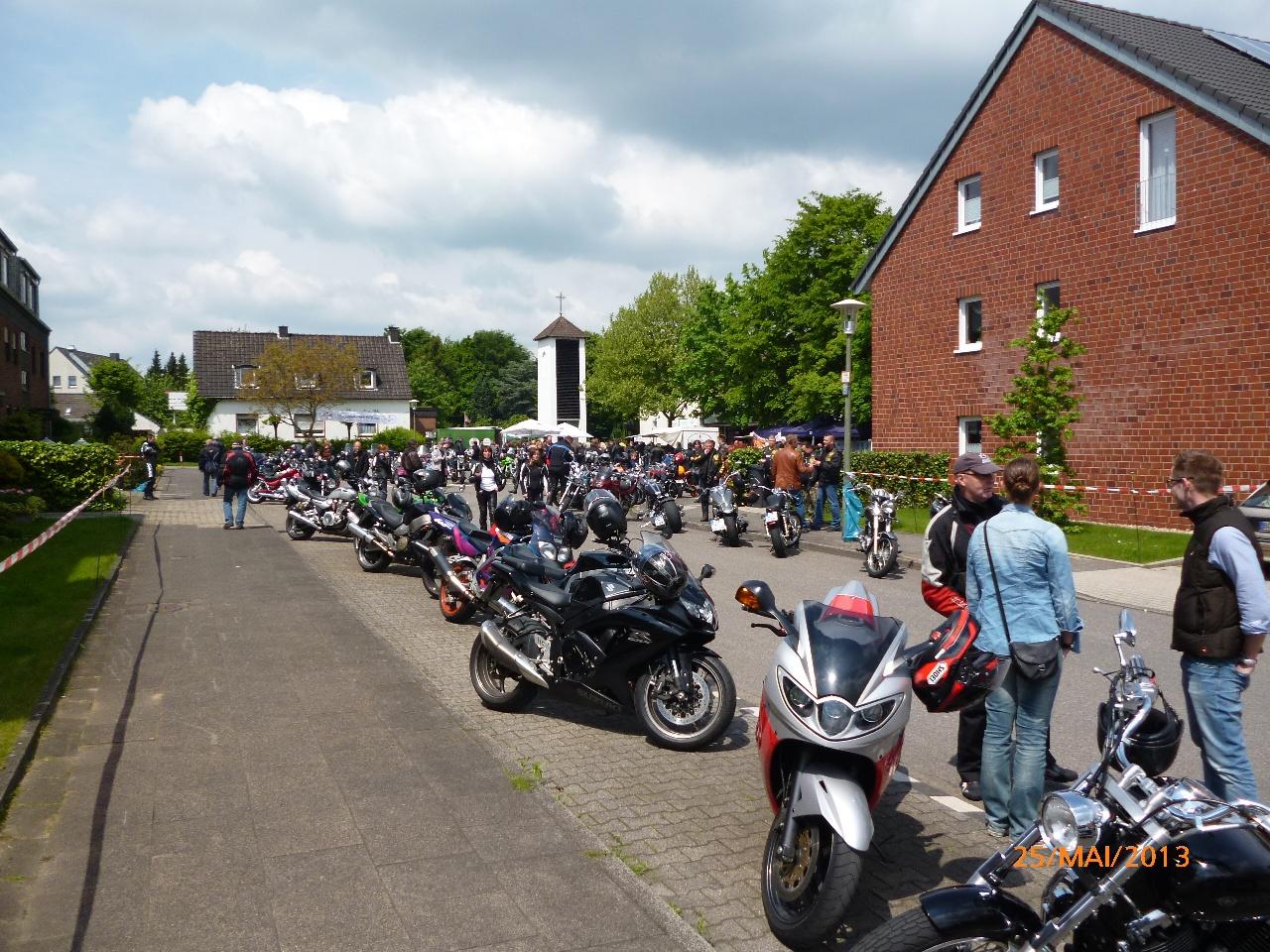 32-motorradfahrer-gottesdienst_2013_40