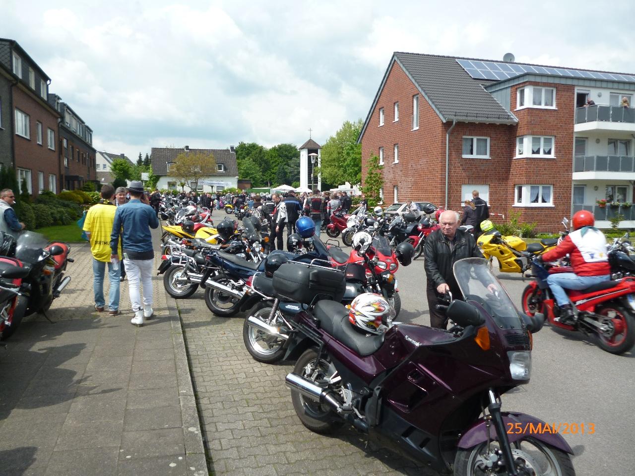 32-motorradfahrer-gottesdienst_2013_51