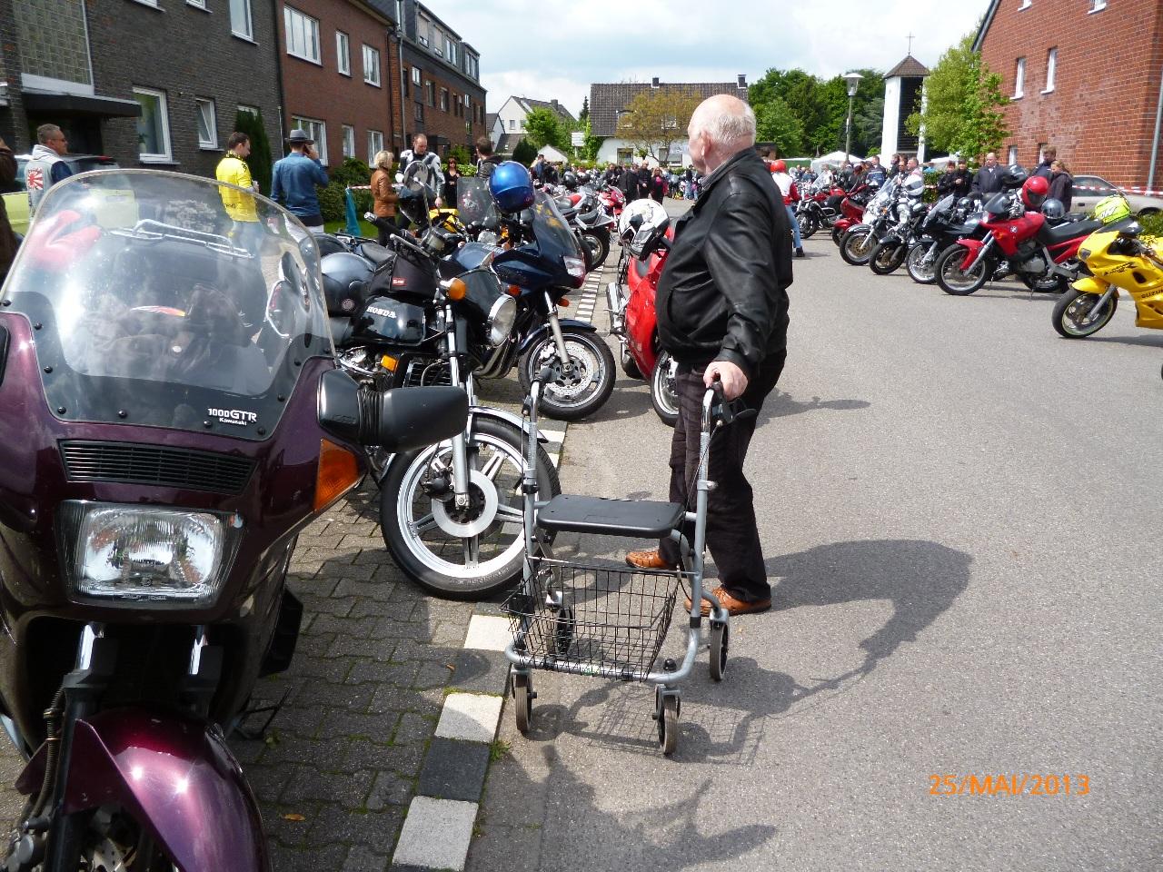 32-motorradfahrer-gottesdienst_2013_52