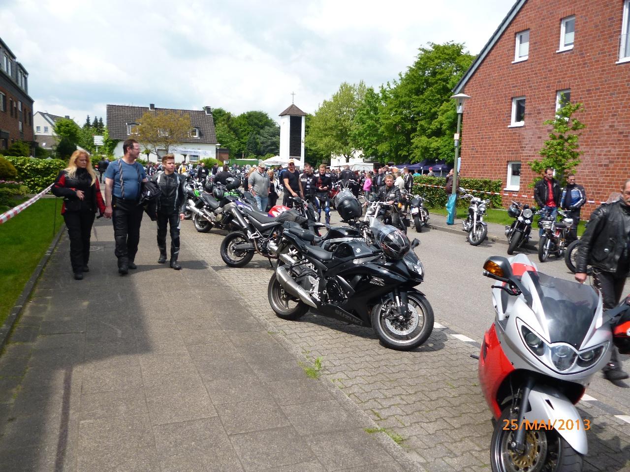 32-motorradfahrer-gottesdienst_2013_53