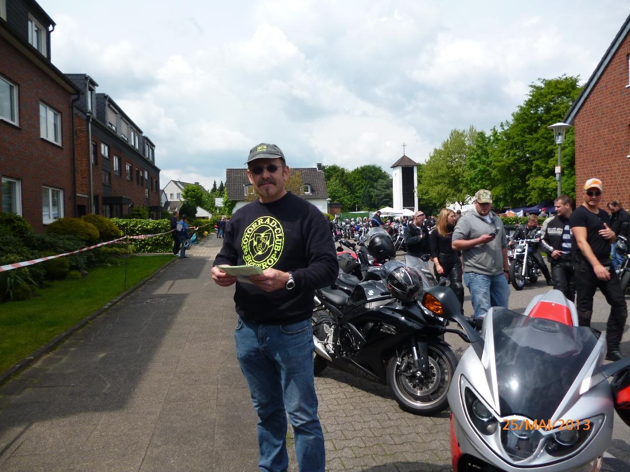 32-motorradfahrer-gottesdienst_2013_54