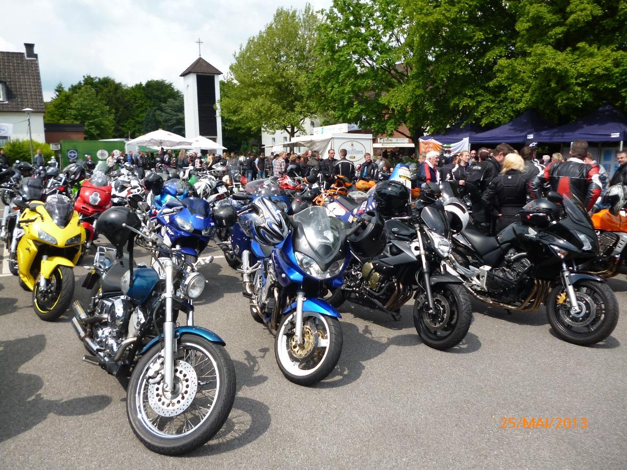 32-motorradfahrer-gottesdienst_2013_55
